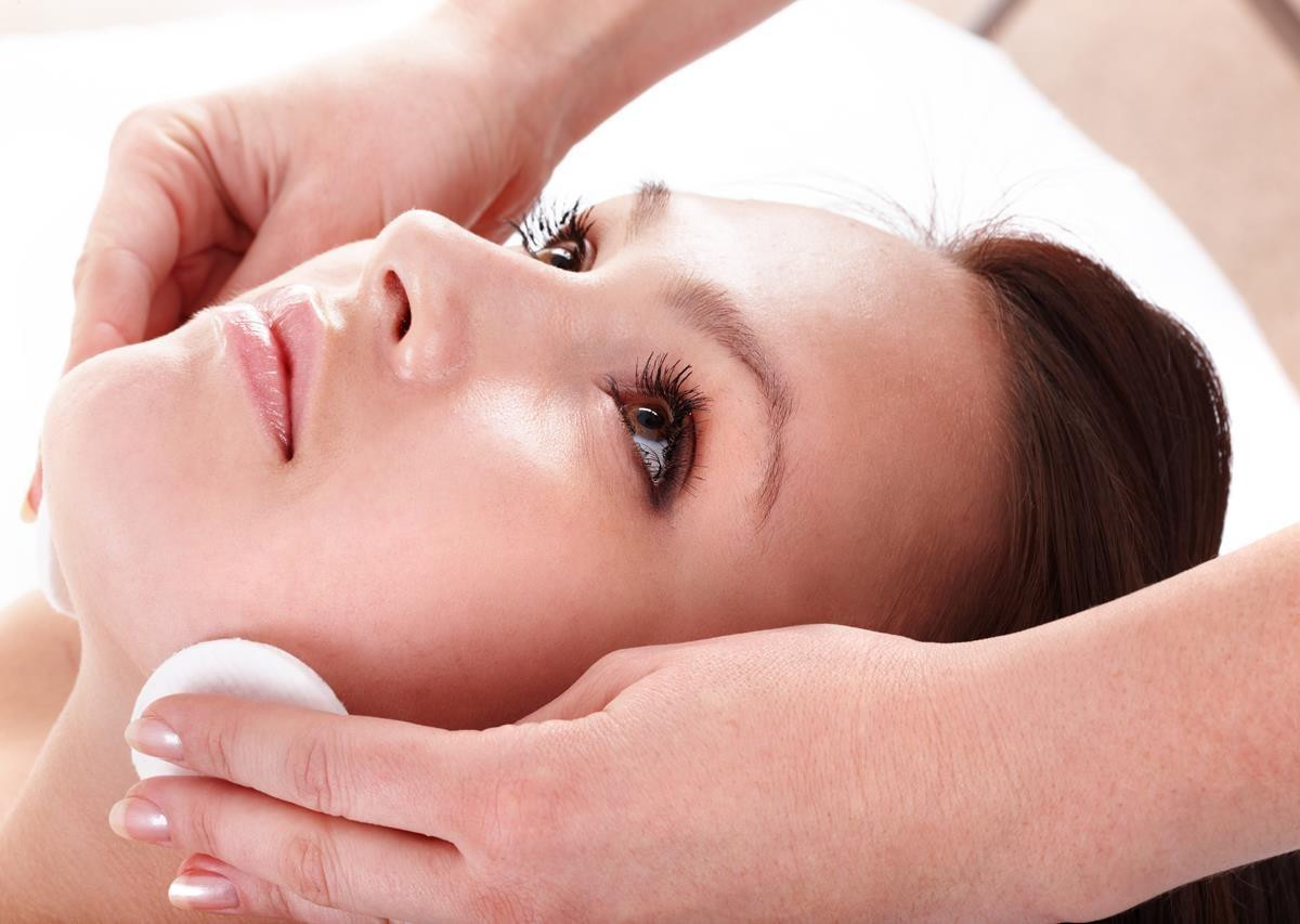Chemical peels and laser resurfacing